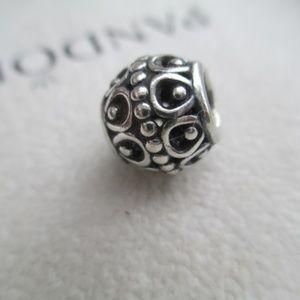 Pandora retired bead swirl dots